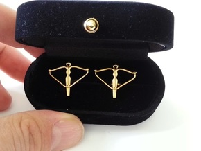 Crossbow cufflinks in Polished Brass