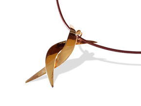 Donna pendant in Polished Brass