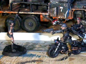 28mm Crude Motorbike 2 in Frosted Ultra Detail