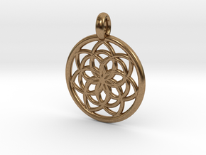 Kale pendant in Natural Brass