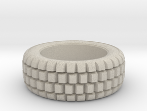 Hard mud tire for 1/24 scale model car in Natural Sandstone