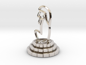 Queen of chess in Platinum