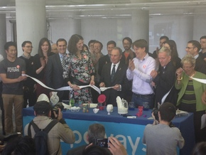 Scissors as used by Mayor Bloomberg in White Natural Versatile Plastic