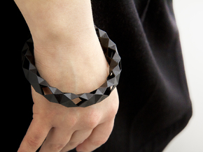 Medium Size - Polygonal Bracelet in Black Natural Versatile Plastic