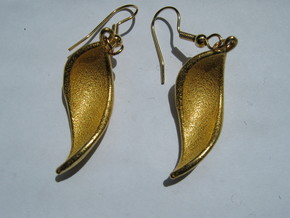Pelota Earrings in Polished Gold Steel