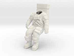 Apollo Astronaut / Sitting Position / 1:16 in White Natural Versatile Plastic
