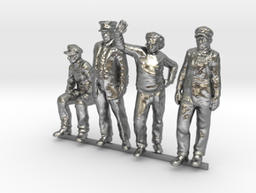 HO Pack of 4 figures in Raw Silver
