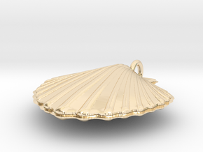 Scallop Necklace in 14K Yellow Gold