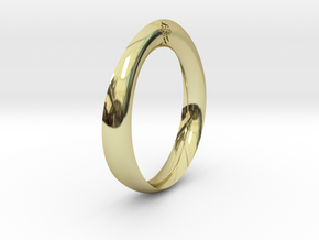 Moebius Love Ring in 18K Gold Plated