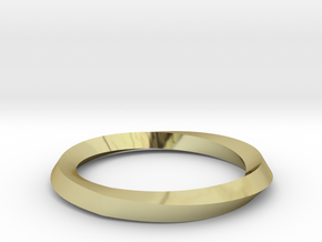 Mobius Wedding Ring-Size 8 in 18K Gold Plated