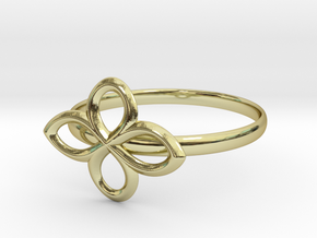 Flower Ring in 18K Gold Plated