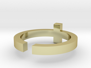 (USA) 10 Cross - Multiple Sizes in 18K Gold Plated