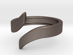 Open Design Ring (21mm / 0.82inch inner diameter) in Polished Bronzed Silver Steel