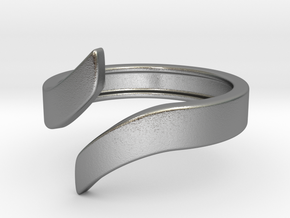 Open Design Ring (26mm / 1.02inch inner diameter) in Natural Silver