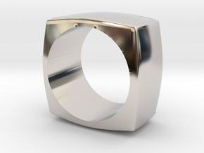 The Minimal Ring in Rhodium Plated Brass
