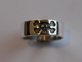 47 Skull V4 Ring Size 7 in Polished Silver