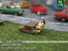 Sitzgruppe (N 1:160) in White Natural Versatile Plastic