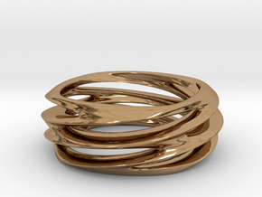 Triple Swirl Size 6 US in Polished Brass