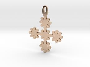Flower pendant in 14k Rose Gold Plated Brass