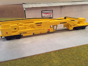 N Gauge Plasser & Theurer VM 80 Vacuum Wagon (HOBC in Frosted Ultra Detail