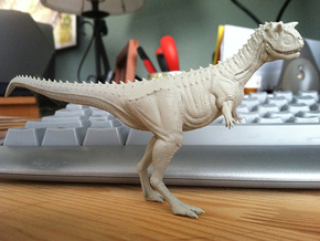 Carnotaurus 1/72 - Standing in Smooth Fine Detail Plastic