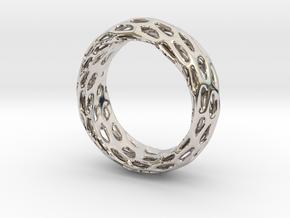 Trous Ring Size 8 in Platinum