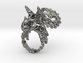 Tricera Ring (Size 8) in Polished Silver