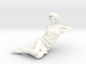 Lady sitting-016 scale 1/24 Passed in White Processed Versatile Plastic
