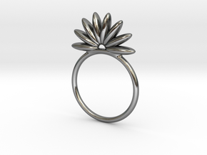 Demi Flower Ring in Polished Silver