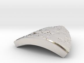 Triangular jewerly piece in Platinum