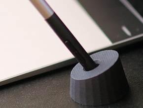 Intuos Pen Holder in Black Strong & Flexible