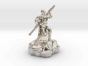 Halfling Ninja With Staff in Platinum