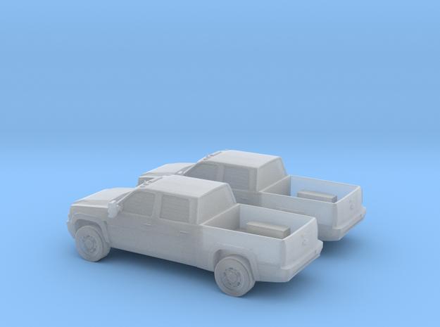1/160 2X 2003 Chevrolet Silverado in Smooth Fine Detail Plastic