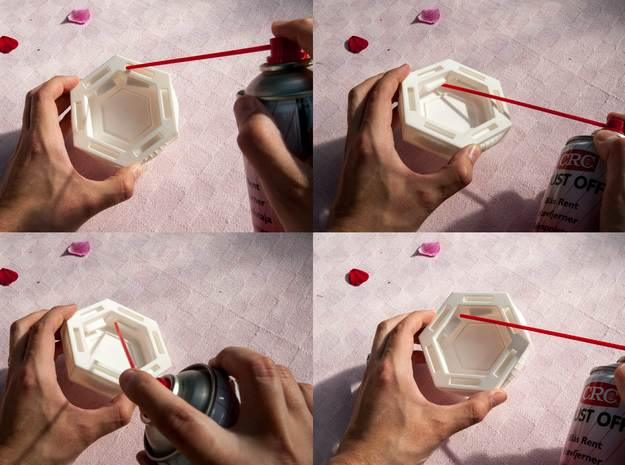 Centrifugal Force Puzzlebox 3d printed You might have toremove some excess material left over from the printing prosess