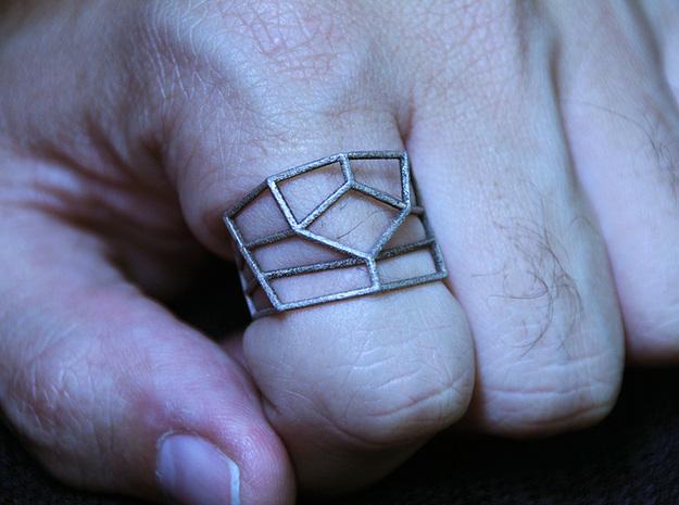 Edgeflow Ring