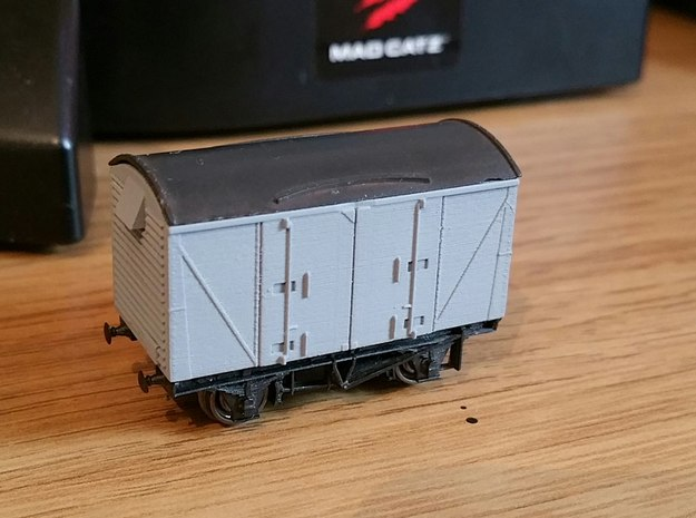 N gauge VEA Van body to fit Peco 10ft Chassis 3d printed Model in FUD primed and fitted to Peco 10ft chassis
