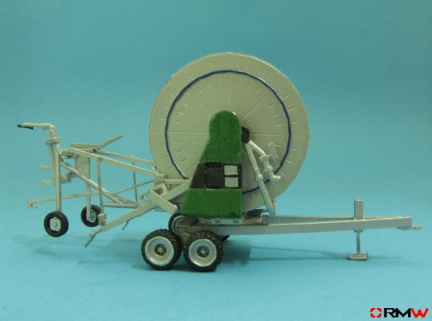 HO/1:87 Hose reel irrigation system kit in Smooth Fine Detail Plastic