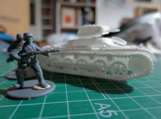 GVLT01148 Sd.kfz 101 ausf.B Panzer IB 1:48 in White Natural Versatile Plastic