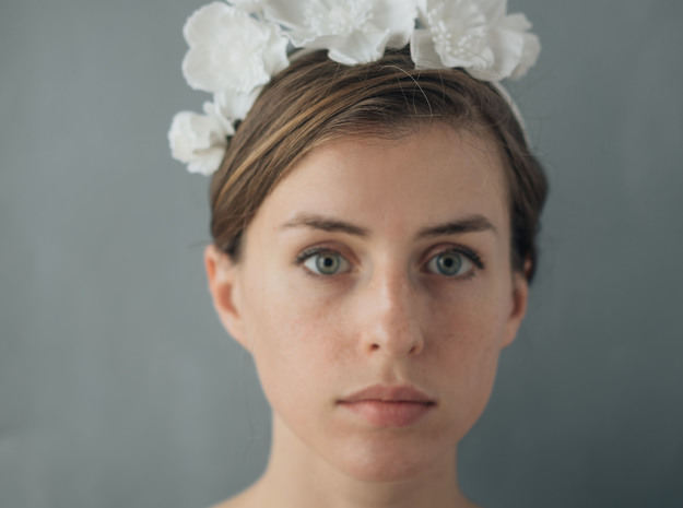Icelandic Poppy Crown in White Strong & Flexible