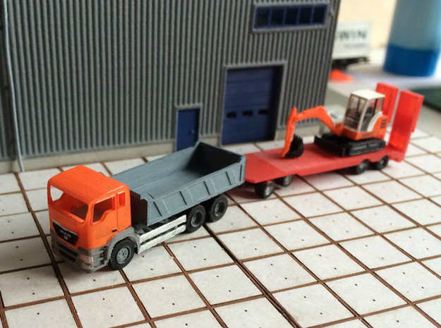 1:148 MAN Tipper Truck in Smooth Fine Detail Plastic