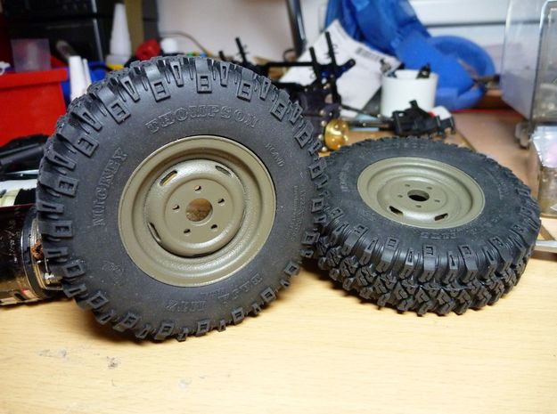 "6x Pinzgauer Rim 1.55"" (Wheel) 3d printed spraypainted green (RAL 7013) with RC4WD Baja MTZ 1,7 tires on Portalaxle 2.03"