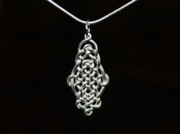 Raindrop Celtic Knot Pendant 20mm 3d printed Oval Pendant