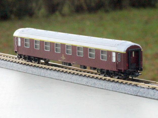 DSB class A coach N scale in Frosted Ultra Detail
