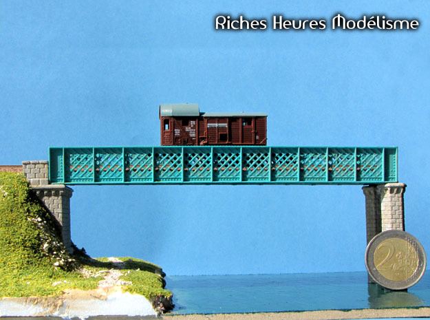 NV6M01 Modular metallic viaduct 3 in Smooth Fine Detail Plastic