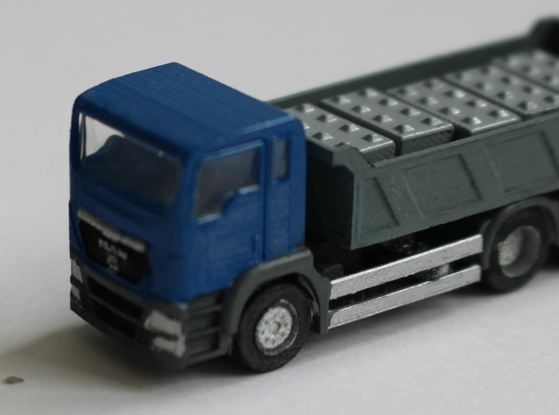 N Scale MAN TGS Dump Truck in Smooth Fine Detail Plastic