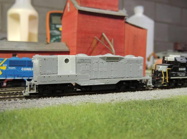 N Scale GP9B/GP7B Hood Section  in Frosted Extreme Detail