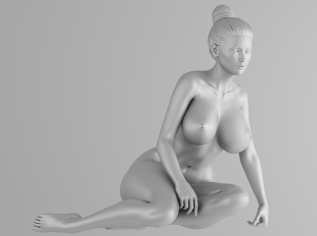 Scale in 1/32 Plump sexy girl 004 in Smooth Fine Detail Plastic: 1:32