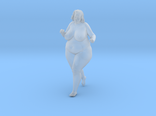 1/32 Fat Woman 011 in Smooth Fine Detail Plastic