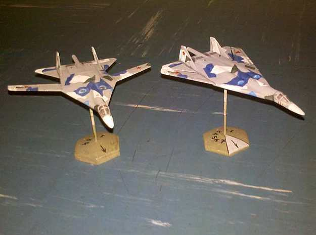 1/300 Russian PAK DA Bomber 3d printed Both versions of the model