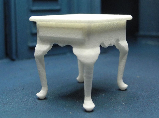1:24 Queen Anne Tall End Table in White Natural Versatile Plastic
